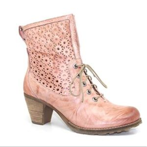 Dromedaris Pink Fibi Leather Booty size 37